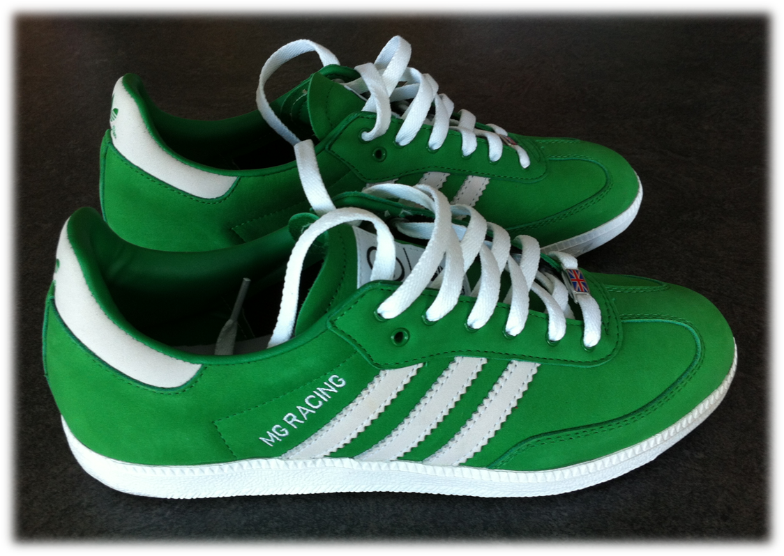 Chaussures MG2