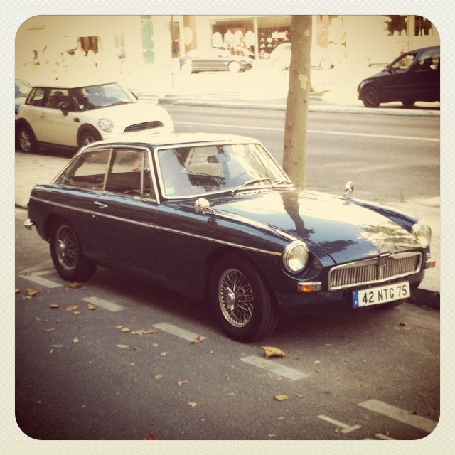 Spotted in the street #20 #MG #MGB #MGBGT