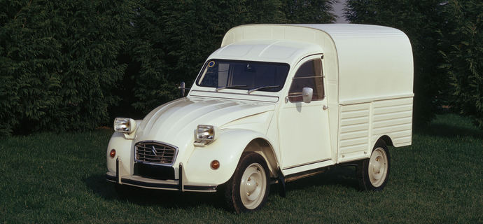 2CV Camionnette Retromobile